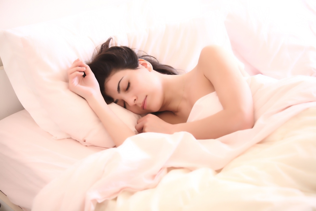 Four Sleeping Tips to Help Improve Chiropractic Health